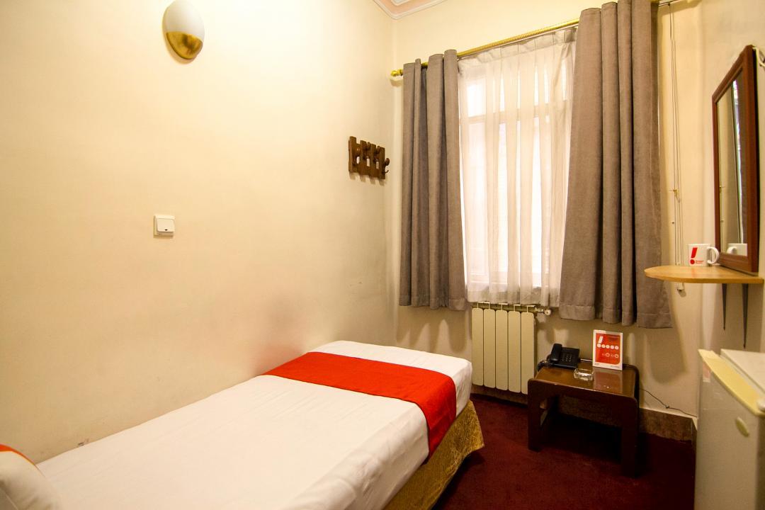 هتل مهر اتاق یک تخته - بدون سرویس