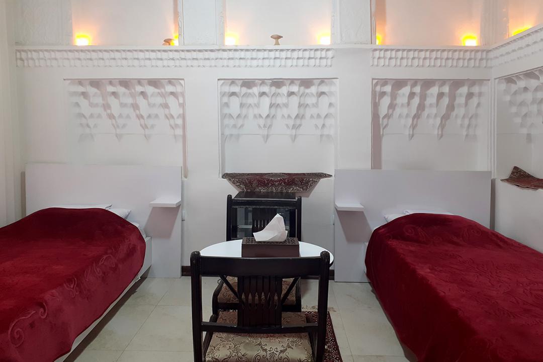 اقامتگاه سنتی طاها اتاق دو تخته سینگل