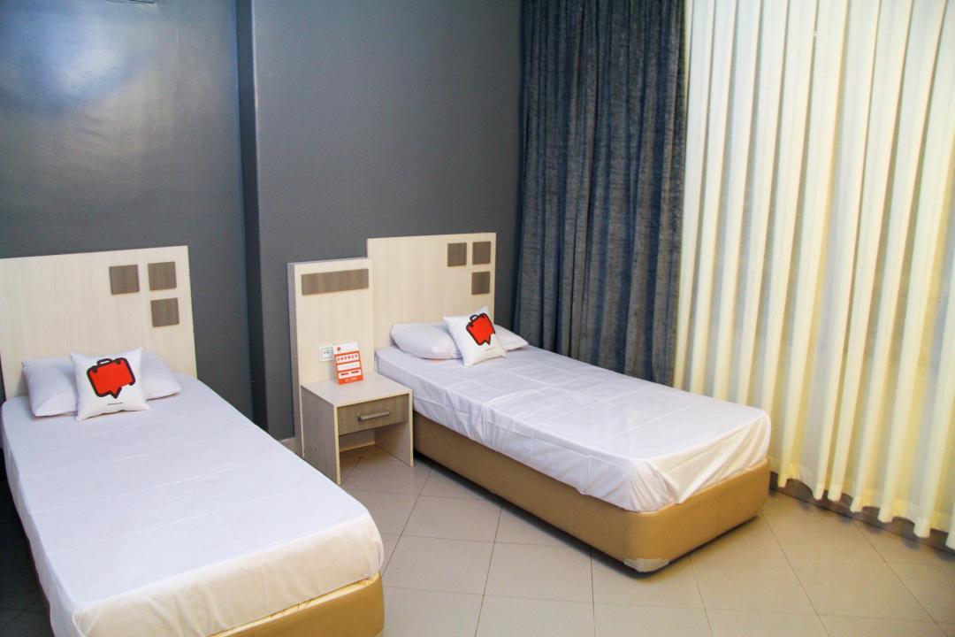 هتل آپارتمان آیسان اتاق پنج تخته دابل سینگل