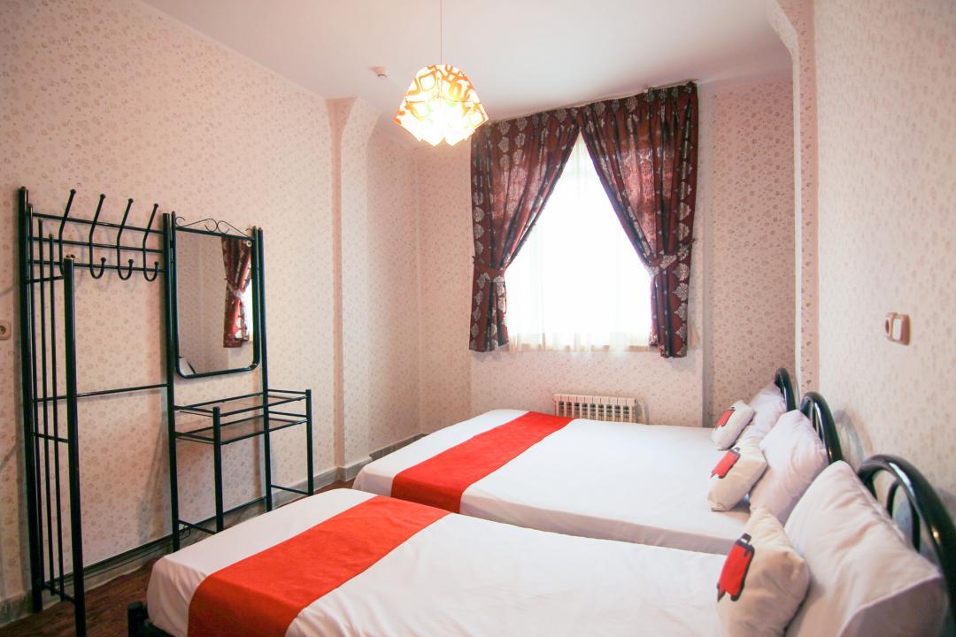 هتل آپارتمان آجیلیان اتاق هفت تخته دابل سینگل