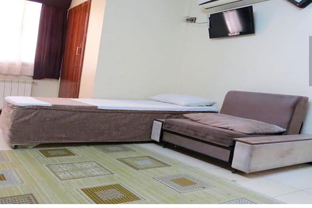 هتل آپارتمان علیزاده اتاق یک تخته