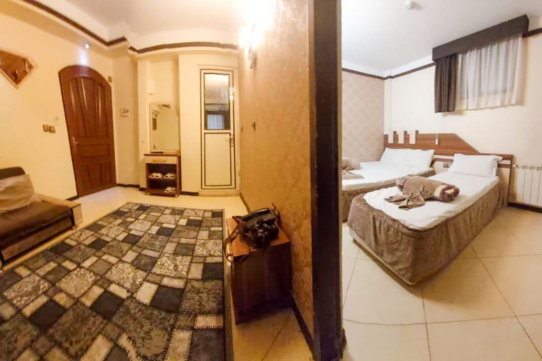 هتل آپارتمان علیزاده اتاق پنج تخته - یک خواب