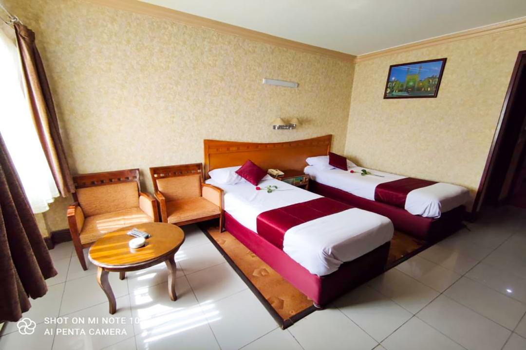هتل آزادی اصفهان اتاق دو تخته سینگل