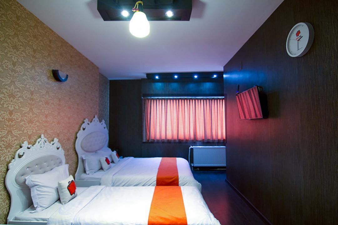 هتل کاسپین اتاق سه تخته دابل سینگل
