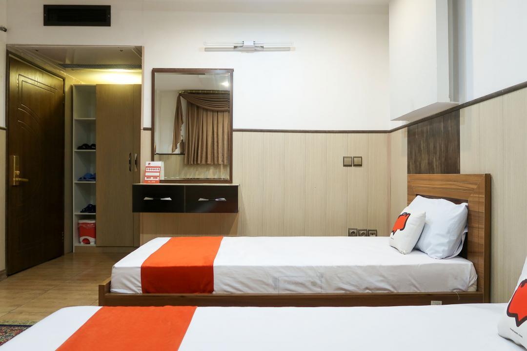 هتل چهلستون اتاق سه تخته دابل سینگل