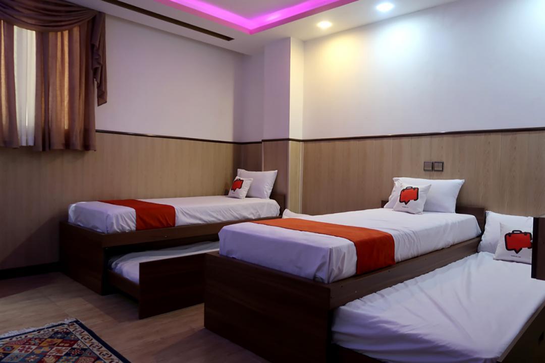 هتل چهلستون اتاق چهار تخته سینگل