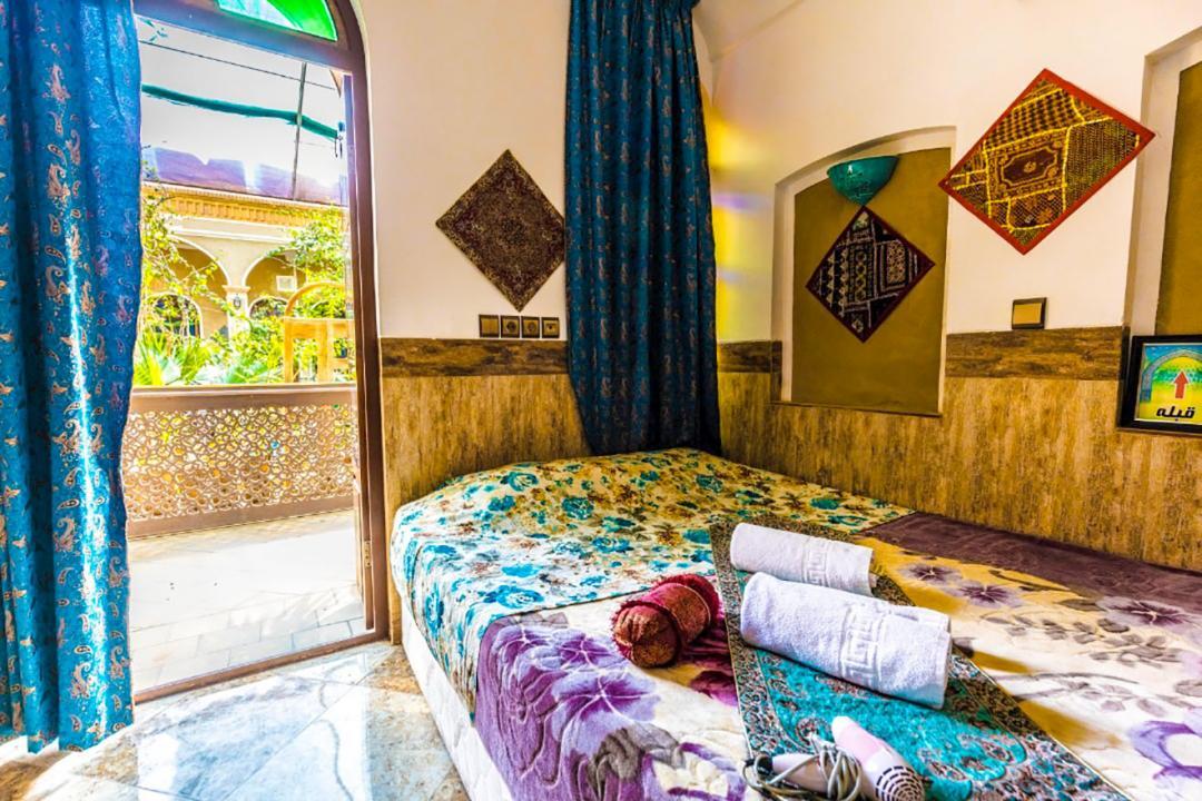 اقامتگاه سنتی دوستانه اتاق دو تخته سینگل