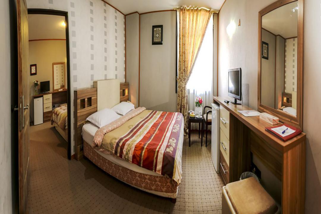 هتل فرهنگ و هنر اتاق سه تخته دابل سینگل