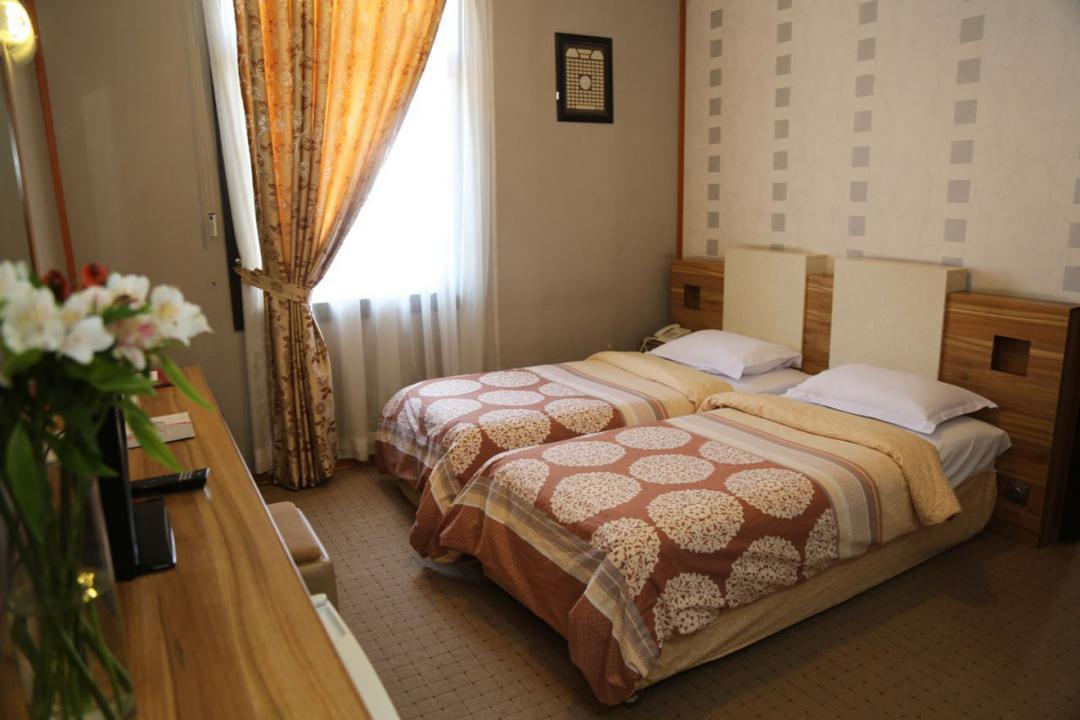 هتل فرهنگ و هنر اتاق دو تخته - بدون صبحانه