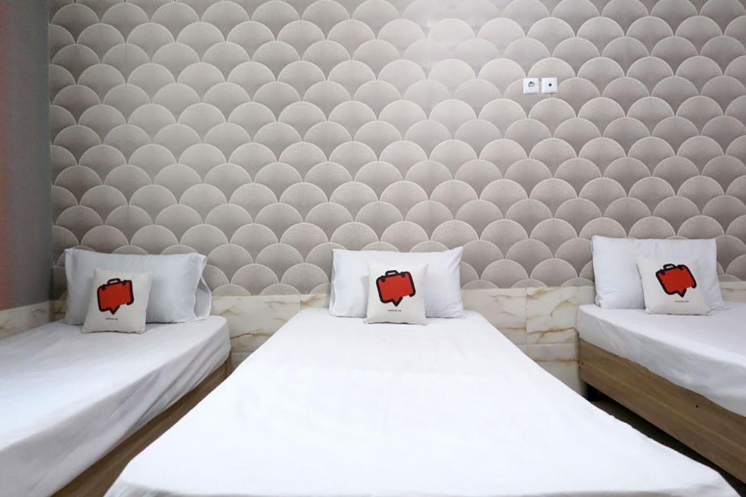 مهمانپذیر گلرخ اتاق چهار تخته سینگل