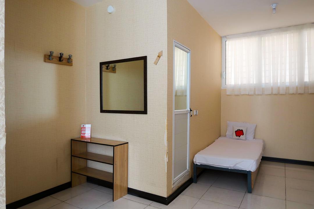 مهمانپذیر گلرخ اتاق یک تخته - بدون سرویس