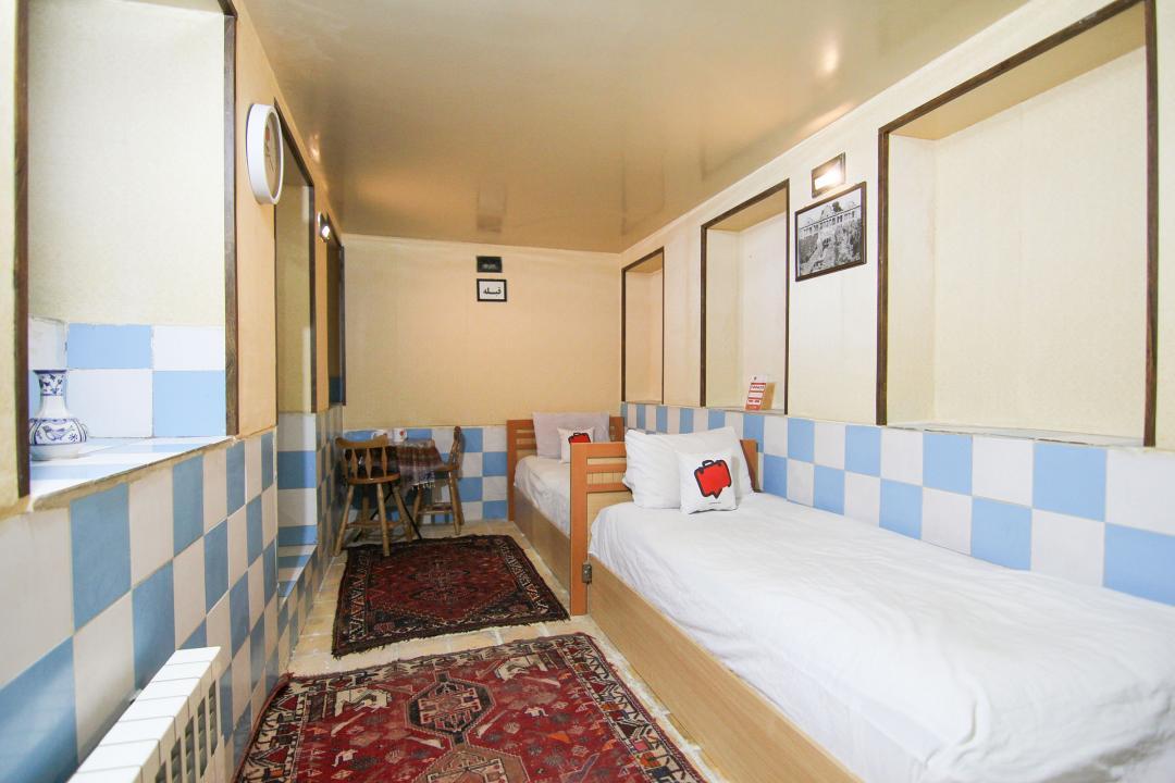 سرای سنتی گلشن اتاق دو تخته سینگل