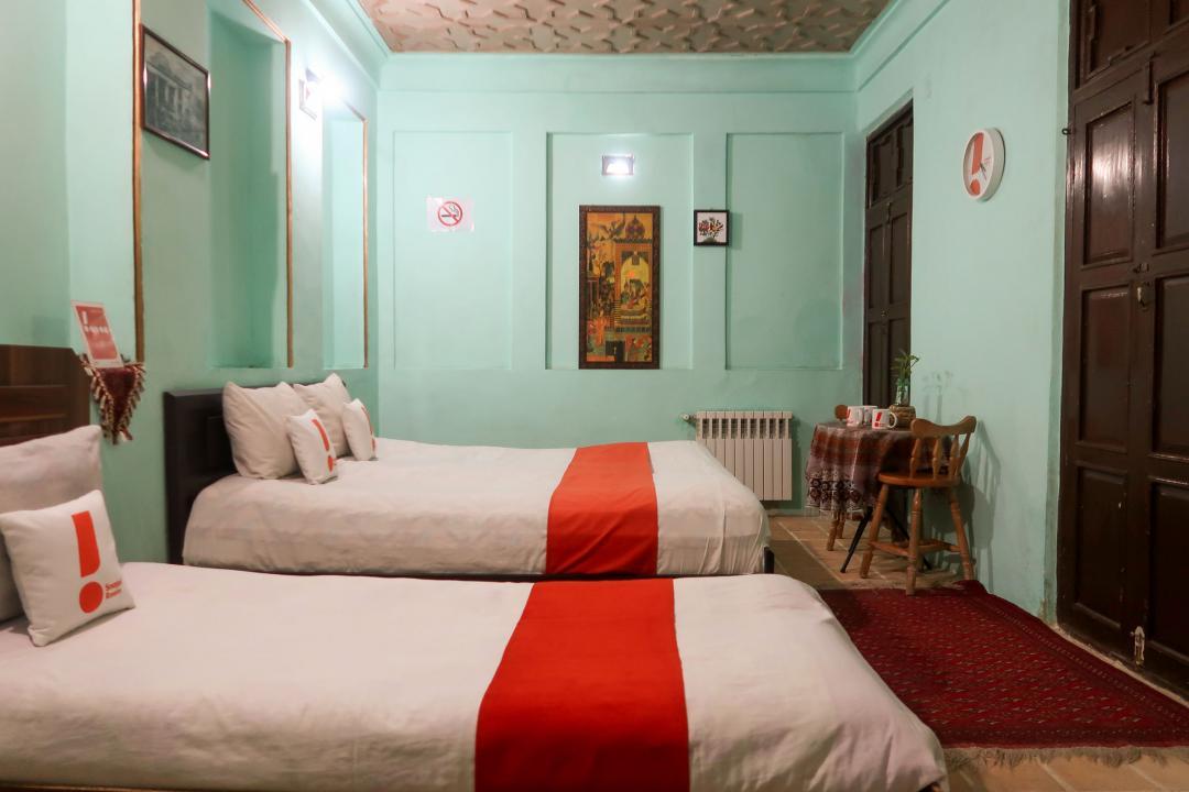 سرای سنتی گلشن اتاق سه تخته دابل سینگل