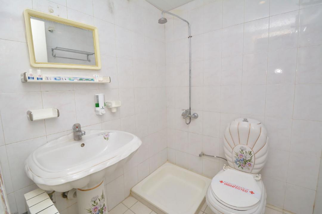 هتل حافظ شیراز اتاق سه تخته سینگل