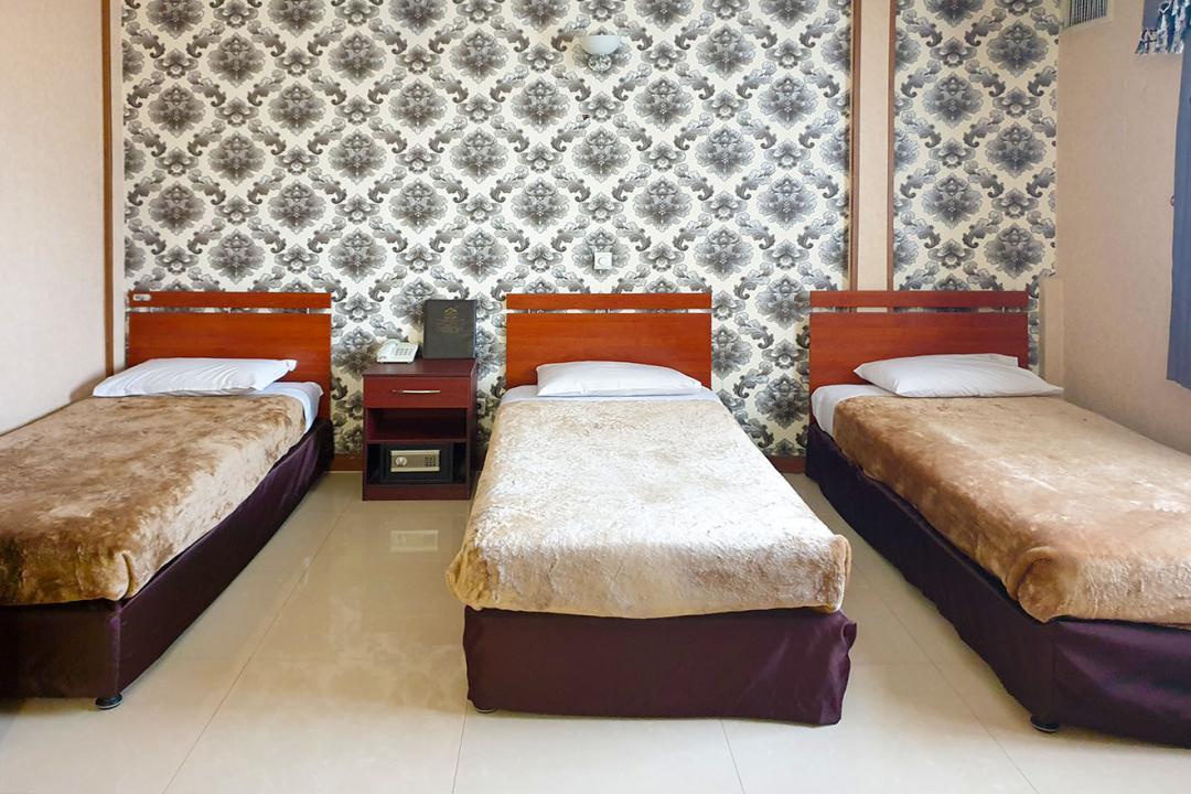 هتل مینا اتاق سه تخته سینگل