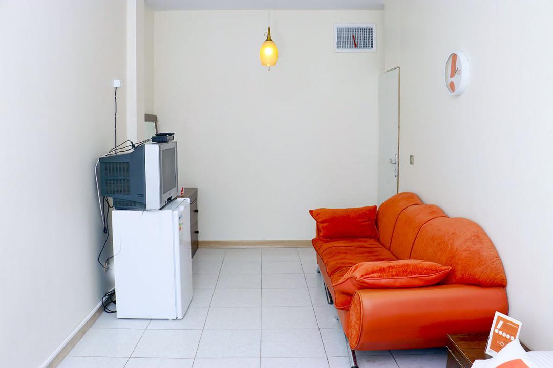 مهمانپذیر خانه تهران اتاق دو تخته دابل - بدون سرویس