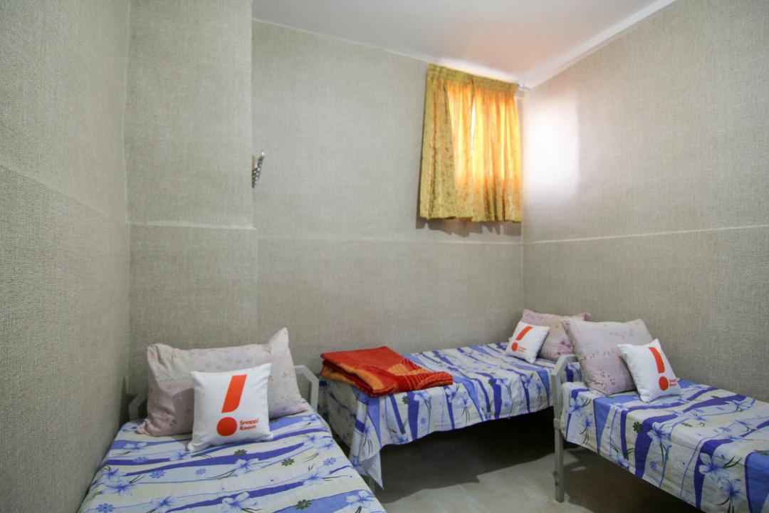مهمانپذیر مشهد اتاق سه تخته سینگل - بدون سرویس و حمام