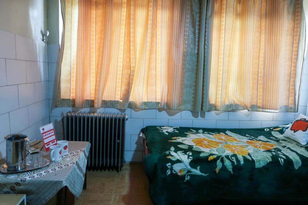 مهمانپذیر ملت اتاق دو تخته سینگل - بدون سرویس