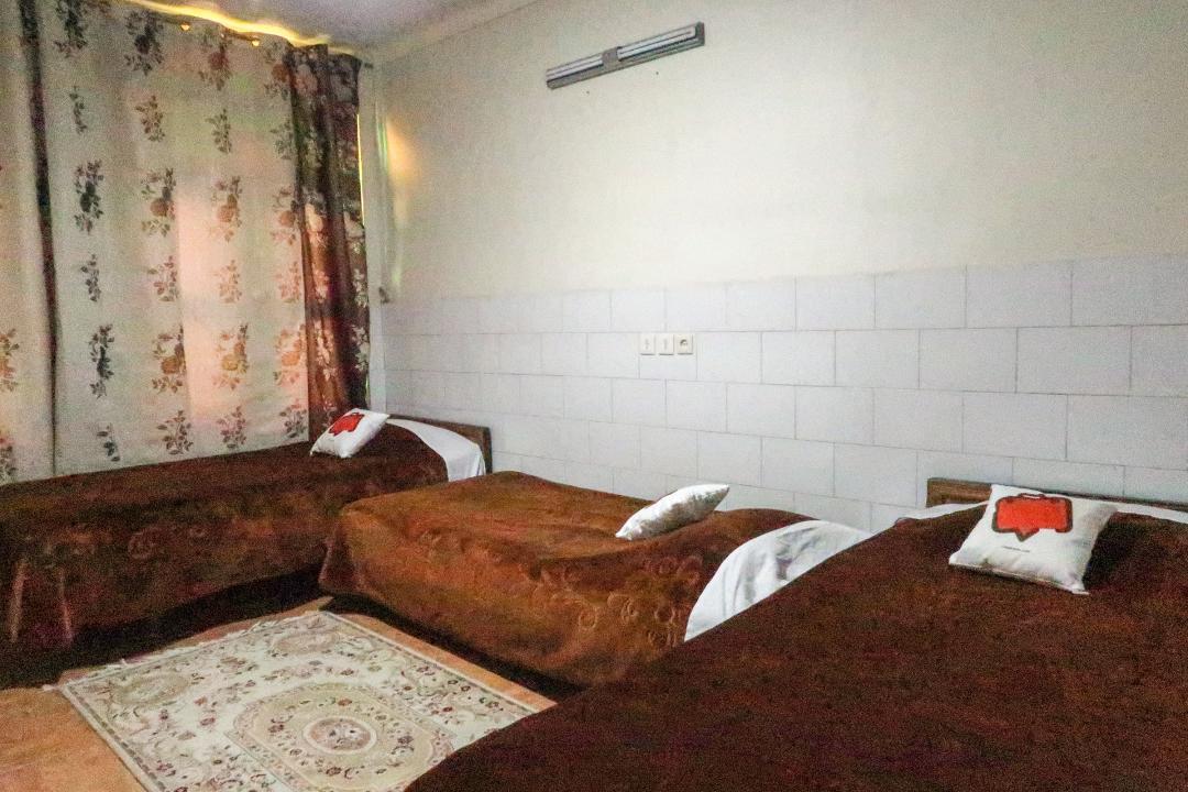 مهمانپذیر ملت اتاق سه تخته سینگل - بدون سرویس