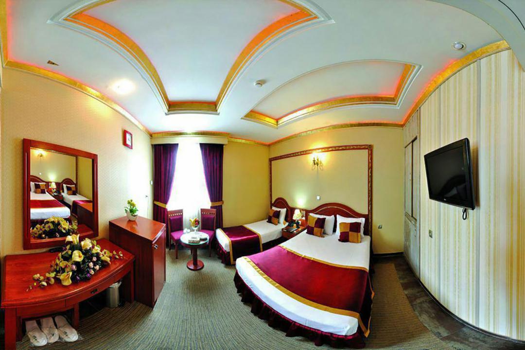 هتل سه ستاره میامی اتاق سه تخته دابل سینگل