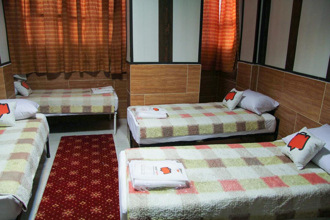 مهمانپذیر نیکو اتاق چهار تخته سینگل - بدون حمام و سرویس