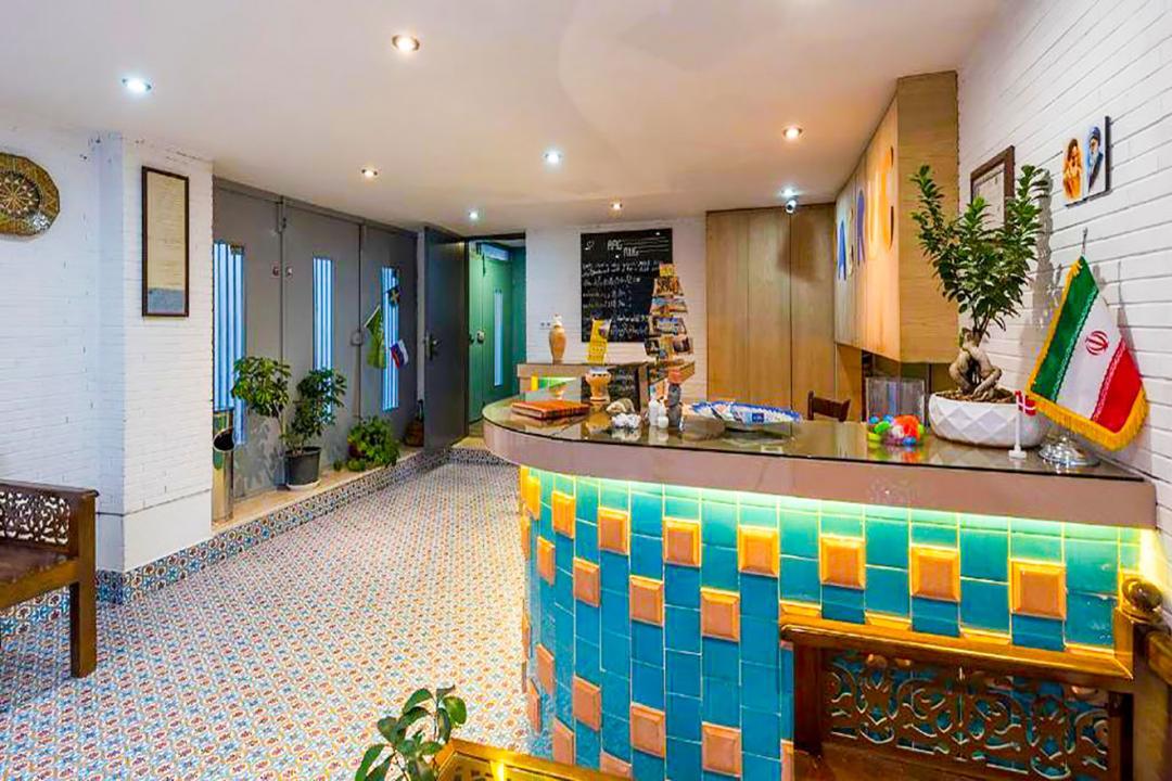 هاستل رگ راگ اتاق دو تخته دابل اقتصادی طبقه دوم