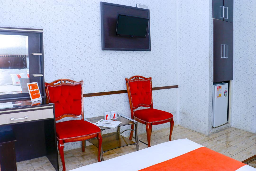 هتل سعدی اتاق دو تخته سینگل - با حمام/بدون سرویس