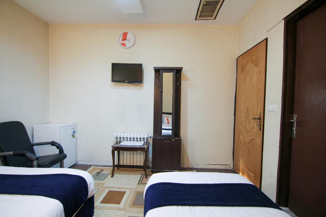 هتل ثامن اتاق سه تخته دابل سینگل