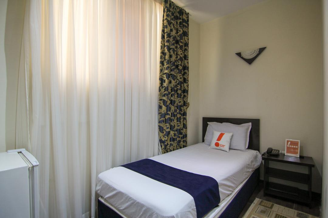 هتل ثامن اتاق یک تخته - بدون سرویس