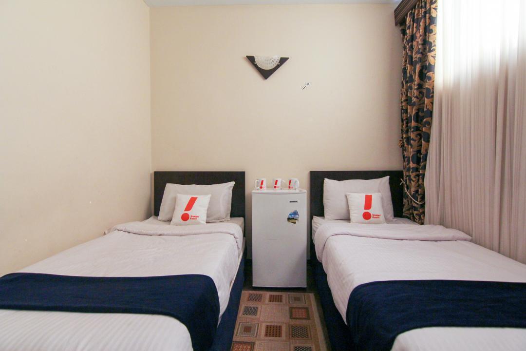 هتل ثامن اتاق سه تخته سینگل