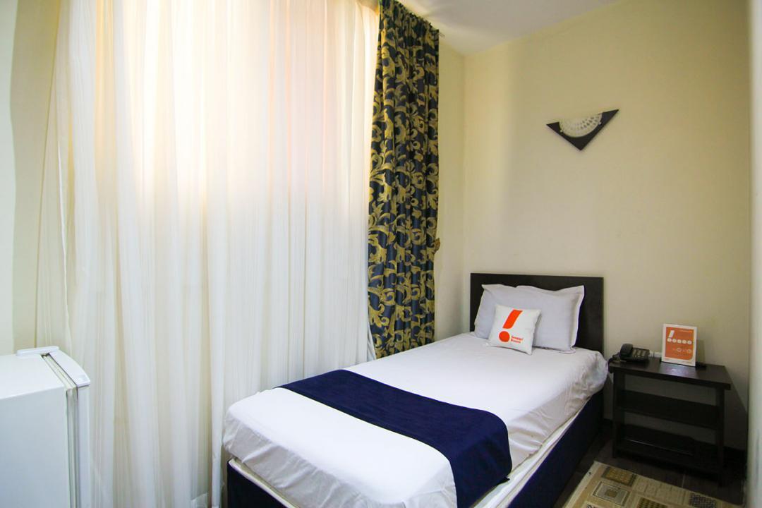 هتل ثامن اتاق چهار تخته دابل سینگل