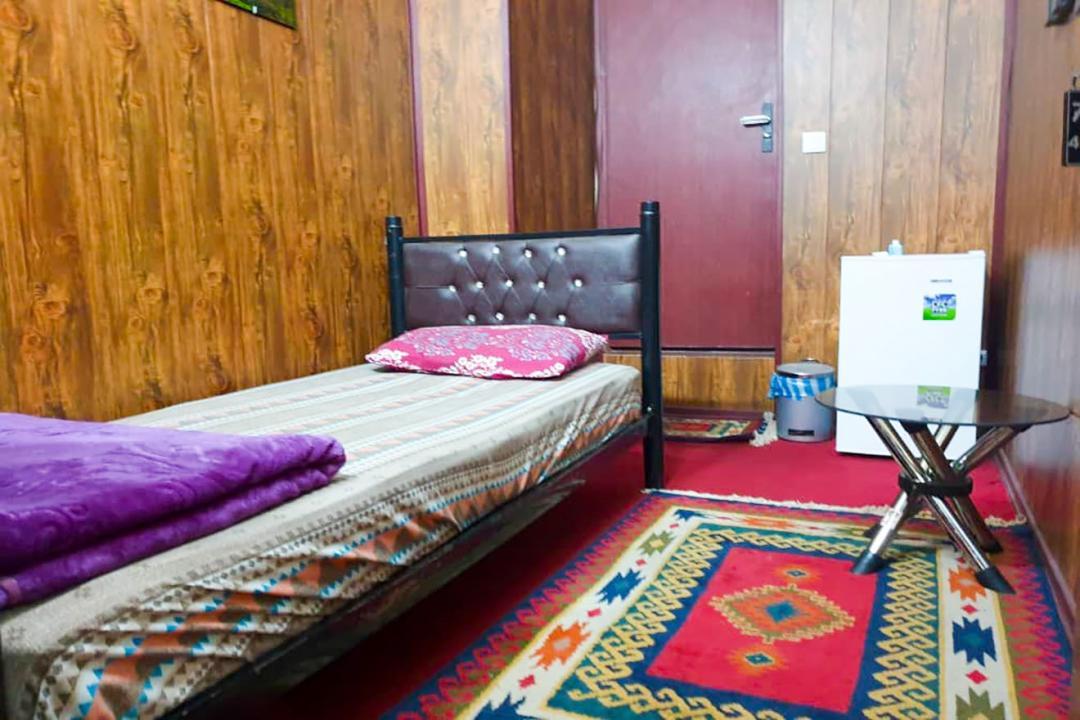 مهمانپذیر شهسوار اتاق یک تخته
