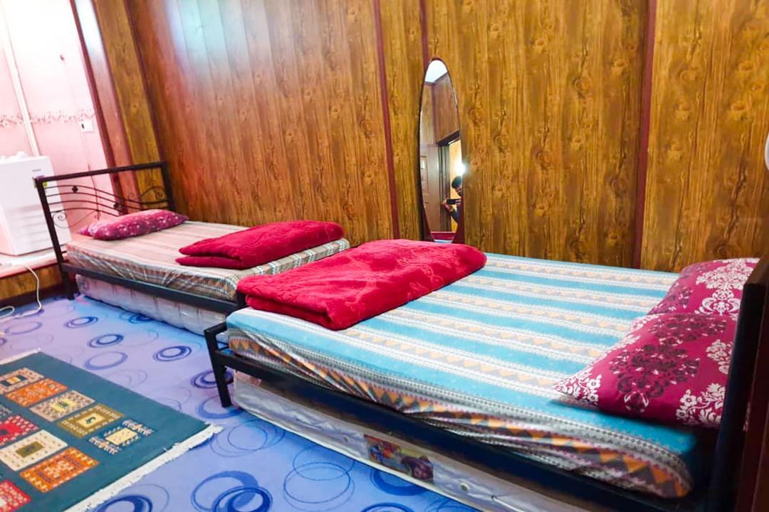 مهمانپذیر شهسوار اتاق سه تخته دابل سینگل