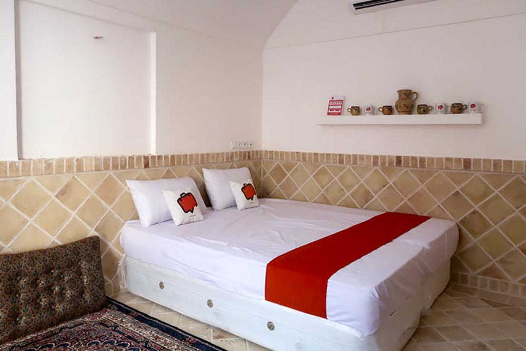 اقامتگاه سنتی شاخه نبات اتاق سه تخته دابل سینگل