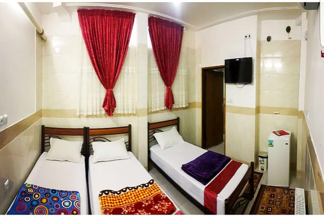 خانه مسافر شریف اتاق سه تخته سینگل