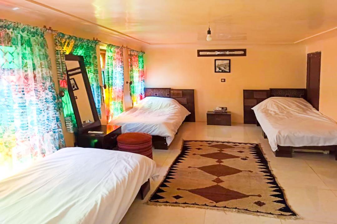 اقامتگاه سنتی سهراب اتاق سه تخته سینگل - بدون حمام و سرویس