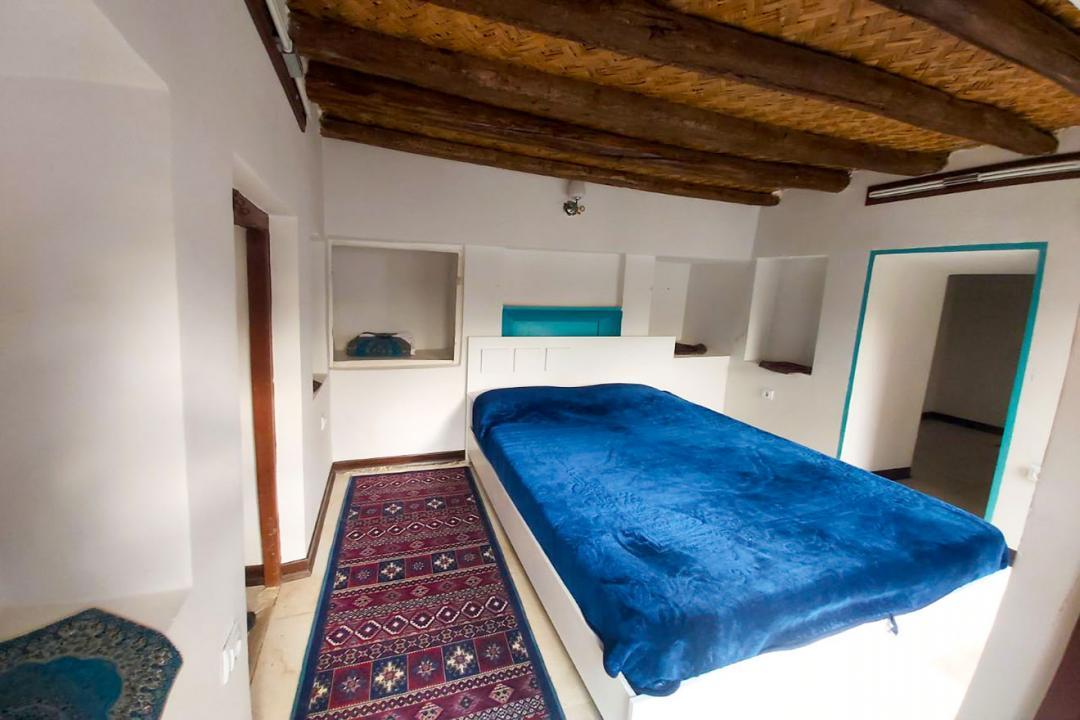اقامتگاه سنتی طاها اتاق چهار تخته دابل سینگل