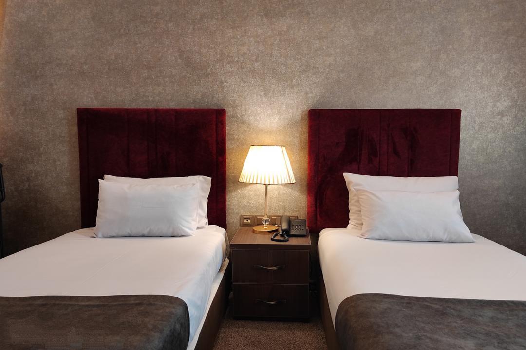 هتل تالار سوییت چهار تخته دابل سینگل
